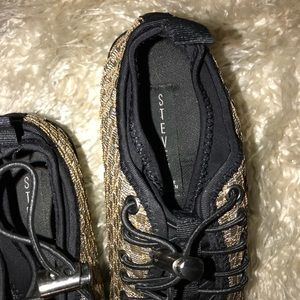 Steven By Steve Madden Shoes - STEVEN by Steve Madden Gold Metallic Sneakers